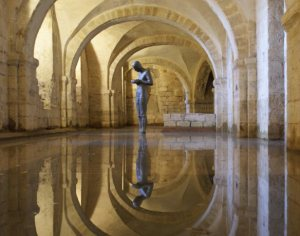 Sound II – a sculpture by Antony Gormley; Winchester Cathedral.Photograph by Roger Twigg used with kind permission.